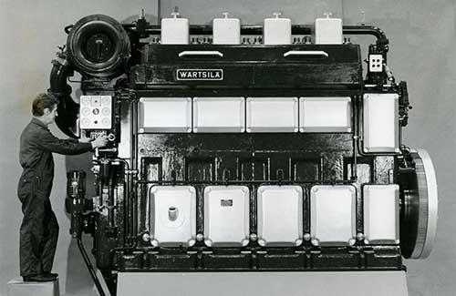 Vasa 32 engine