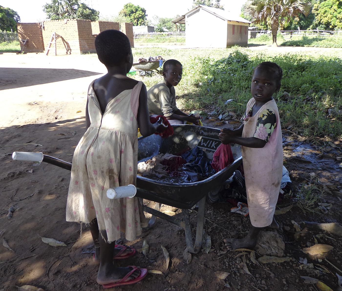 Karika South Sudan children