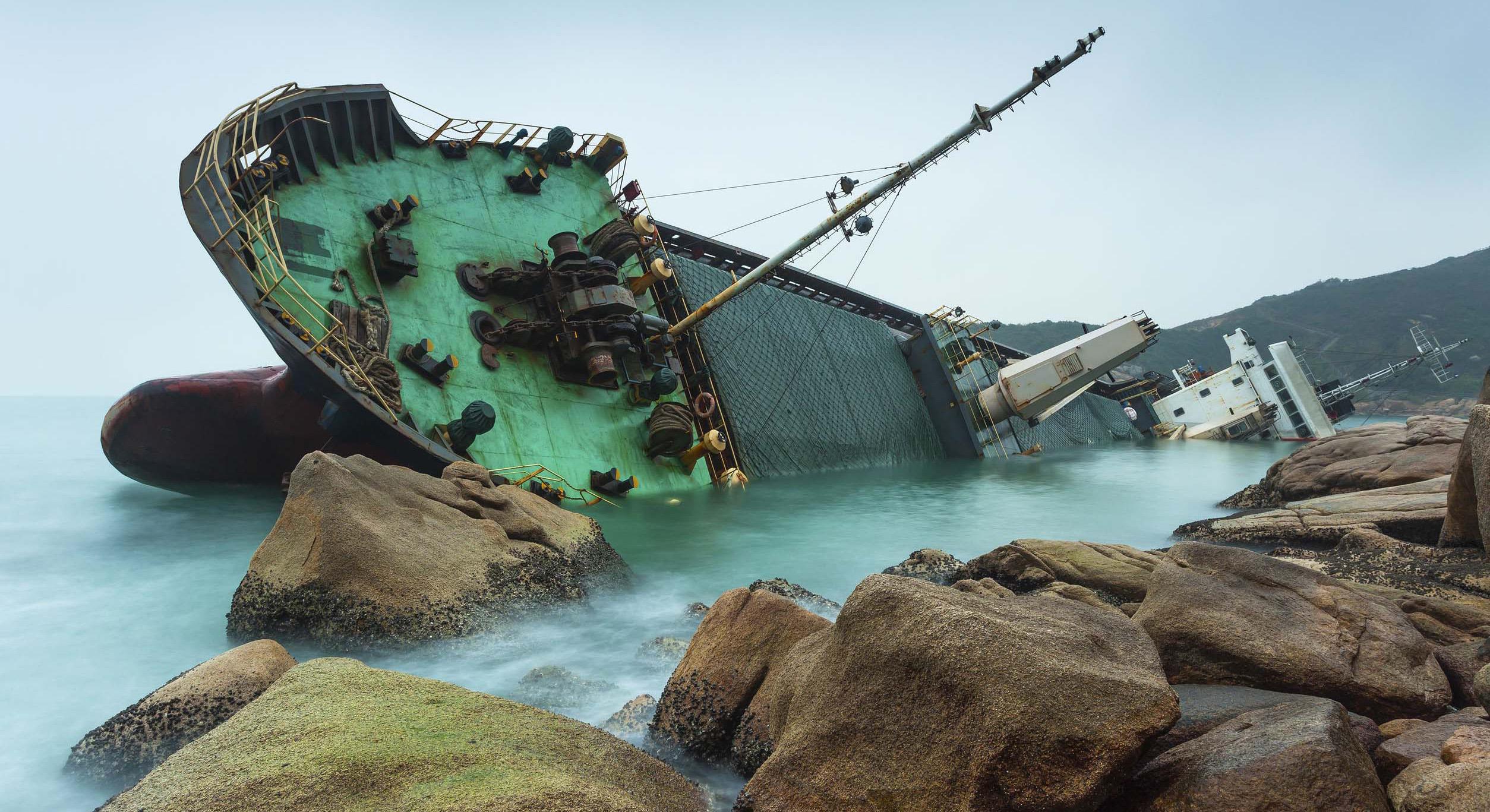 ship-aground_wartsila-shaft-line-repair-services