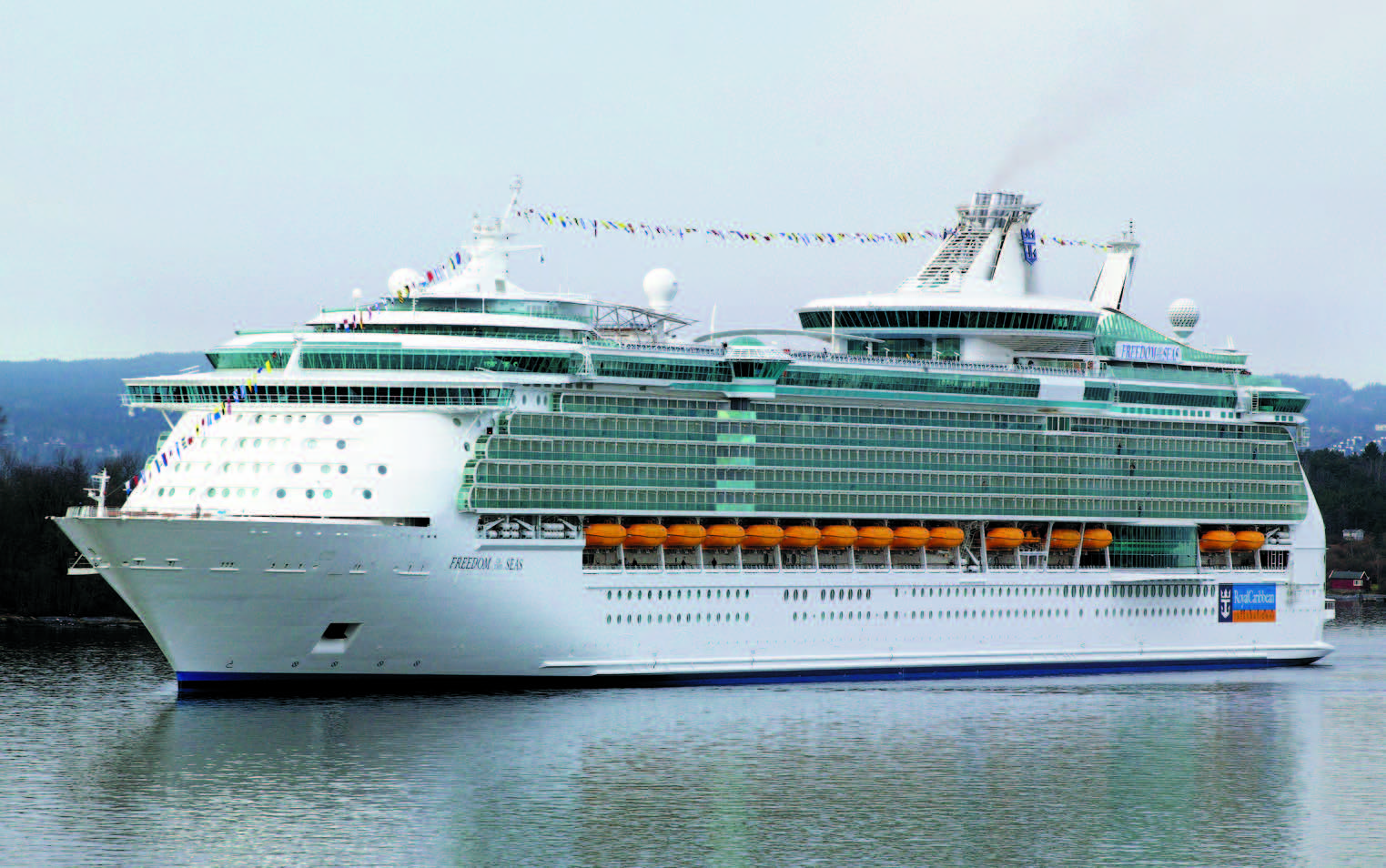Cruise liner, cruise vessel