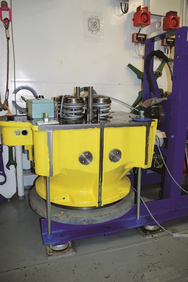 Cylinder head, cylinder cover