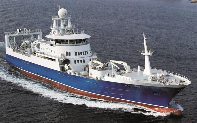Purse seiner/trawler LIBAS