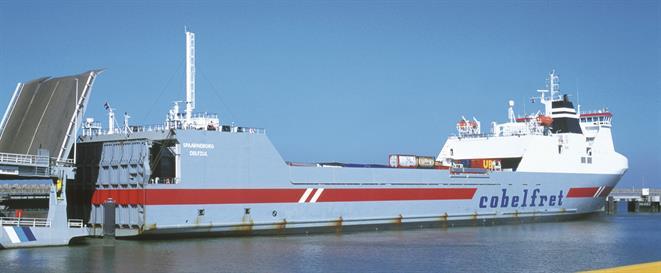 Ro-ro carrier SPAARNERBORG