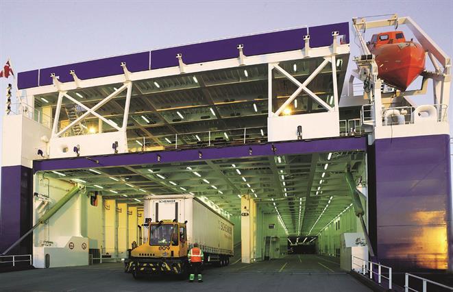 Ro-ro freighter TOR MAGNOLIA