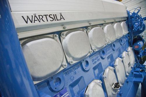 6-cylinder Wärtsilä 20DF dual-fuel engine