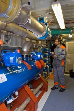 Wärtsilä AQUARIUS® EC Ballast Water Management System