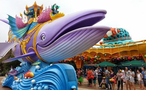 Entertainment-Allure-of-the-Seas-Aquatheater