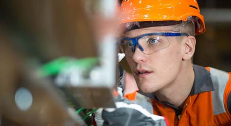 Engineer-Field-Services-Wartsila-Seals-and-Bearings
