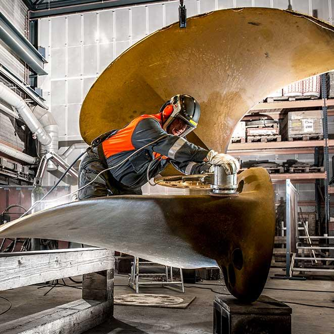 Metallurgic propeller repair Workshop