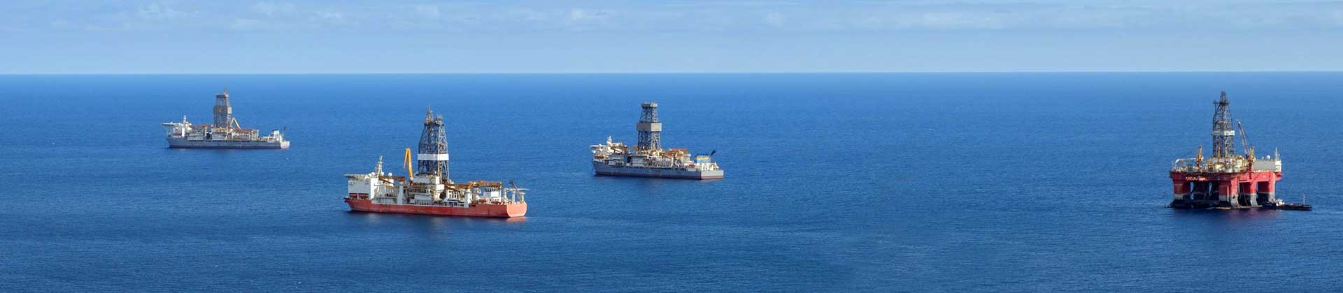 Offshore-drill-ships2