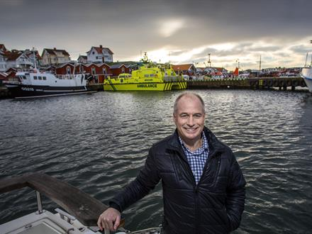 Lars Höglund was born and raised on Donsö, and started working as a seafarer