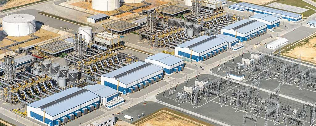 The world's largest internal combustion engine combined cycle plant, the Wärtsilä Flexicycle plants at the Quisqueya I and II power plant complex have a total combined output of 430 MW.