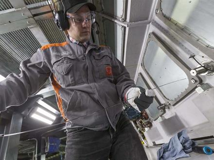 As an engine breaker, he is responsible for ensuring that every new engine developed by Wärtsilä can withstand the most rigorous punishment, from extreme weather conditions to peak-load pressures.