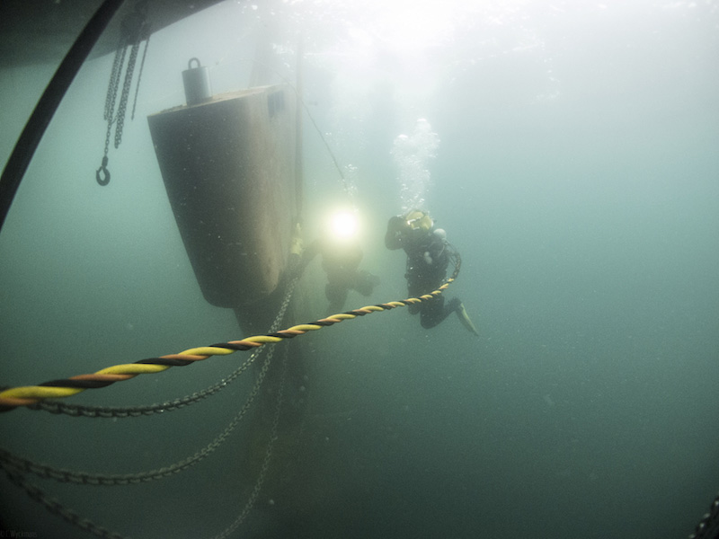 Save time with underwater repair and maintenance2