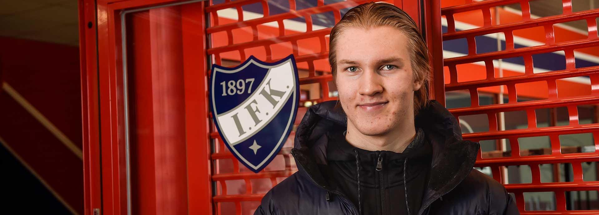 Anton Lundell is always in it to win it