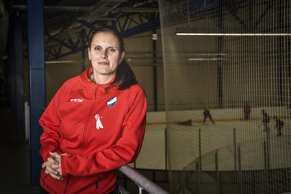 HIFK's Saara Niemi is ice hockey from head to toe1