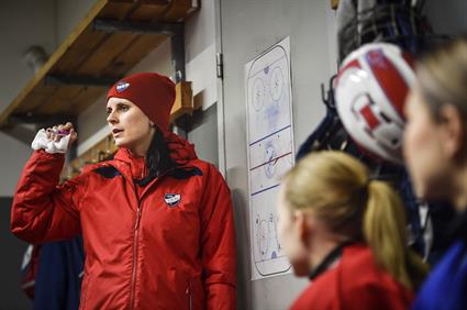 HIFK's Saara Niemi is ice hockey from head to toe2